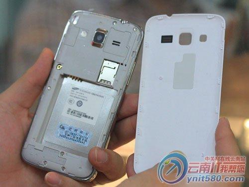 超值四核手机 三星G3818昆明报1300元